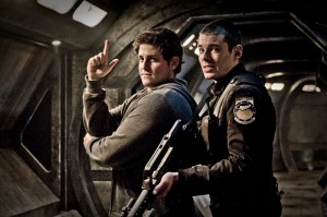 David Blue (Eli Wallace) and Brian J. Smith (Lt. Matthew Scott) gunning for action in Stargate: Universe (photo courtesy and copyright MGM Television).