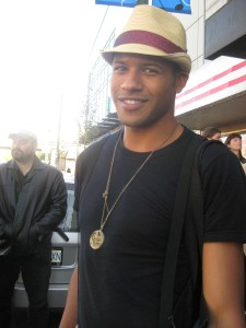 The ever pleasant Jeffrey Bowyer-Chapman (SGU's Airman Darren Becker) shows off his stylin' headwear.