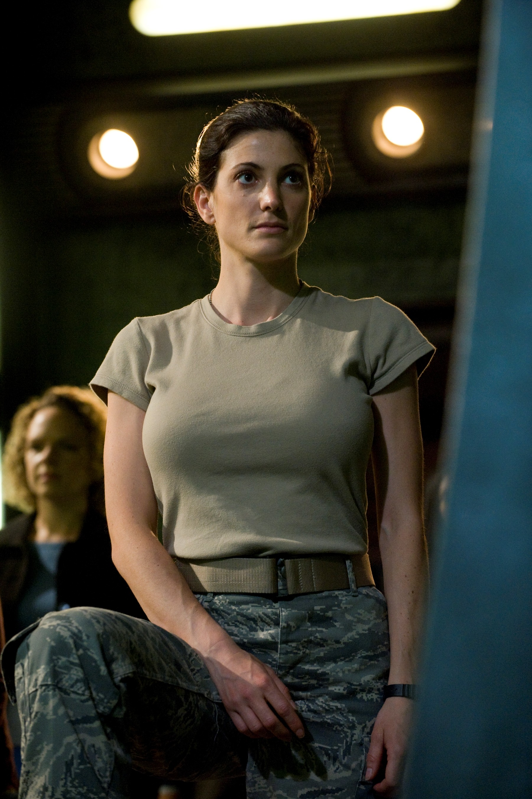 Amanda Tapping Boobs casting bias against busty actresses? - straight dope