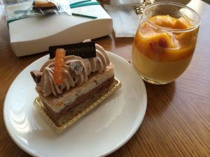 Chocolate hazelnut cream cake and a mango pudding.