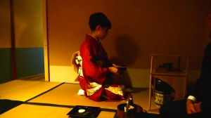 Akemi's sister, Hiromi, makes the matcha.