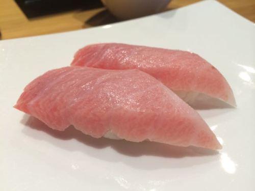 Chu-toro nigiri at Sushi Kaji.