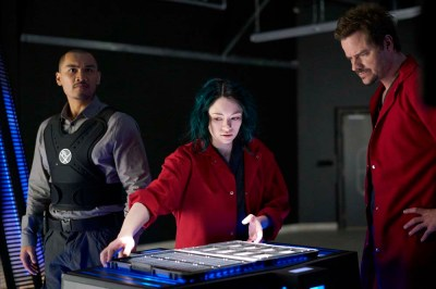 """DARK MATTER -- """"She's One of Them Now"""" Episode 207 -- Pictured: (l-r) Alex Mallari Jr. as Four, Jodelle Ferland as Five, Anthony Lemke as Three -- (Photo by: Russ Martin/Prodigy Pictures/Syfy)"""