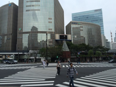 A surprisingly uncrowded Ginza dori - at 7 a.m.